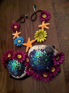 Design your own Rave Bra, Electric Zoo, Festival Bra, Electric Daisy Carnival… Rave Festival, Festival Wear, Festival Outfits, Festival Fashion, Danza Tribal, Rave Costumes, Fairy Costumes, Diy Bra, Mermaid Outfit