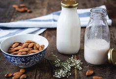 Aprenda oito receitas para fazer leite sementes. Ideal para pessoas com intolerância à lactose e para quem busca opções mais saudáveis