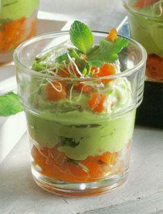 Avocado en tomaten amuse-bouche (vegetarisch)