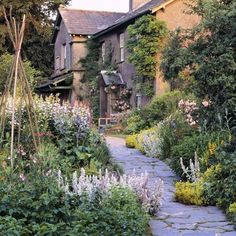 Brigantia's Isles — national-trust: On this day in 1866, writer and... Country Cottage Garden, English Cottage Style, Garden Pictures, Garden Photos, Kew Gardens, Farm Gardens, Beatrix Potter, Lake District Attractions, British Garden