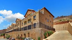 3 Bed Apartment in Winchester Hills, This 3 bedroom, 2 bathroom unit is spacious, modern and practically brand new. From the ground floor Private Property, Property For Sale, Capital R, Johannesburg City, Default Setting, Apartments For Sale, Open Plan, Ground Floor, Winchester