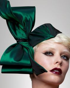 Couture Bow Fascinator Emerald Green Headpiece by ArturoRios