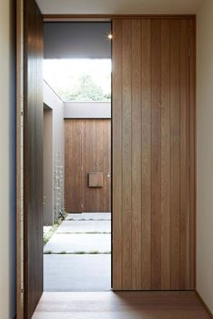 House colors: Amazing modern facade in brown - Architecture Beast - Home Decor Contemporary Front Doors, Modern Entry, Modern Entrance, Modern Front Door, House Front Door, House Entrance, Entrance Doors, Door Entry, Modern Architecture House