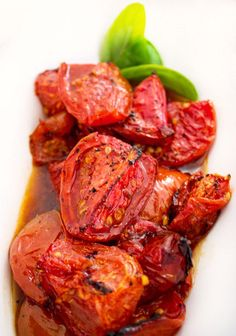 Oven Roasted Tomatoes - Fresh firm ripe tomatoes drizzled with olive oil, salt and peppered with a sprinkling of garlic powder then roasted to perfection. Vegetable Recipes, Vegetarian Recipes, Cooking Recipes, Healthy Recipes, Oven Roasted Tomatoes, Recetas Light, Vegetable Side Dishes, Easy Dinner Recipes, Dinner Ideas