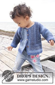 Baby Knitting Patterns Jacket Tamzyn / DROPS Baby – Knitted Jacket with Kraus Ribs for Babies and Children … Baby Knitting Patterns, Baby Sweater Patterns, Baby Cardigan Knitting Pattern, Knitting For Kids, Baby Patterns, Free Knitting, Crochet Patterns, Knitted Baby Cardigan, Stitch Patterns