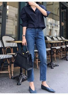 Fashion Outfits Women - 32 Minimalist Outfit Ideas For Fall 2019 Mode Outfits, Jean Outfits, Chic Outfits, Fashion Outfits, Skirt Outfits, Fashion Clothes, Clothes Women, Style Clothes, Maxi Dresses