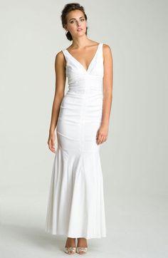 Xscape - White Ruched Vneck Trumpet Gown - Size 14 #Xscape #Formal