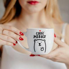 NADZWYCZAJNIE - Kubek 300 ml Misiek Diy Mugs, Happy Birthday Sister, Tableware, Gifts, Emoji, Humor, Blog, Ideas, Text Posts