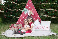 www.stefaniepolitiphotography.com, child photography, child photographer, NJ child photographer, Hunterdon County child photographer, girl, portrait, girls, siblings, Christmas, holiday, holiday mini sessions, Christmas mini sessions, tent, teepee, stars