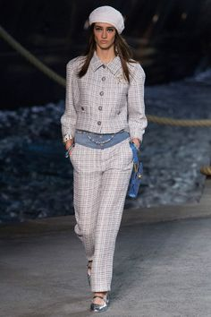Chanel resort 2019 show: see the entire collection - Vogue Australia Chanel Resort, Chanel Cruise, Fashion 2018, Fashion Week, Runway Fashion, Fashion Outfits, Womens Fashion, Fashion Trends, Cruise Fashion
