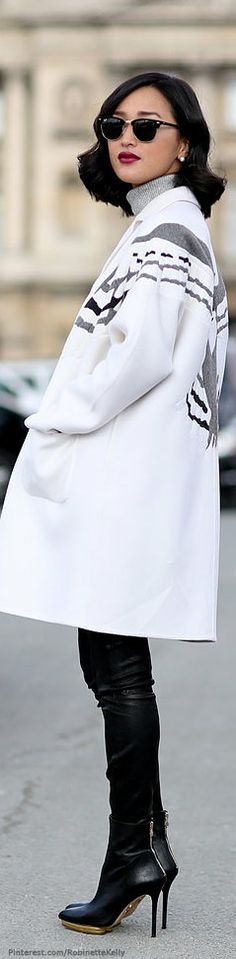 http://www.pinterest.com/pin/386465211746153796/ Street Style | PFW เป็นแฟชั่นฤดูหนาว จะอยู่ในช่วงอายุ25-35