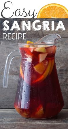 Easy Classic Red Sangria Recipe Easy Classic Sangria Recipe made with brandy, red wine, orange juice and fresh fruit! It's perfect for summer, or any time of year! Sangria Drink, Red Wine Sangria, Berry Sangria, Apple Cider Sangria, Moscato Sangria, Red Wine Cocktails, Sangria Pitcher, Sangria Punch, White Sangria