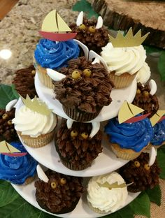 Where the wild things are Jax's 1st birthday: cupcakes