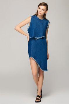 Two-pieces denim dress with raw edge