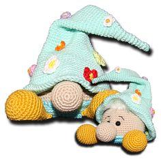 More amigurumi patterns Crochet Buttons, Cute Crochet, Crochet Crafts, Crochet Dolls, Crochet Baby, Crochet Projects, Amigurumi Doll, Amigurumi Patterns, Doll Patterns