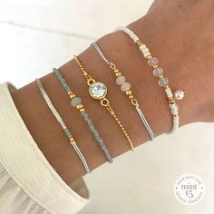 99 Gorgeous Rings Design Ideas To Make Fingers Look Really Pretty * Mini Bracelet – Soft Blue: € * Diamond Bracelet – Vintage Blue: € * Swarovski Soft Blue: € * Dragonfly Bracelet – Powder Blue: € * Mix Bracelet – White & Pearl: € Totaal: € = … Cute Jewelry, Diy Jewelry, Beaded Jewelry, Jewelery, Silver Jewelry, Jewelry Accessories, Handmade Jewelry, Fashion Jewelry, Women Jewelry