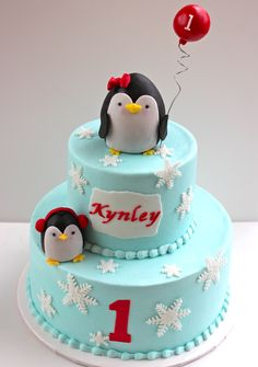 Penguin party - Buttercream with fondant accents. Penguin tutorial provided by Royal Bakery. TFL!
