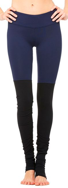 The Goddess Leggings from Alo Yoga have always are one of our most popular leggings! Just in are new prints and colors in these huge must-have yoga pants! Perfect for Fall we love these Rich Navy and Black color blocked leggings! Available now at evolvefitwear.com