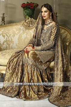 Here are the pictures of bridal dresses that I saved in February Pakistani Bridal Couture, Pakistani Wedding Outfits, Bridal Outfits, Pakistani Dresses, Indian Dresses, Pakistani Gharara, Indian Suits, Sabyasachi, Indian Attire