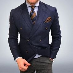 Weekend #instyle #instafashion #suitsdaily #swag #suits #style #stylish #style4guys #dapper #fashionblogger #fashionable #fashionmen #fashion #fashiorismo #featuremensfashion #gentbelike #menslaw #menstyle #menswear #menslaw #mensuits #menwithstyle #menwi