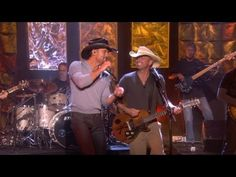 "Kenny and Tim McGraw perform ""Feel Like A Rock Star"" on Ellen"