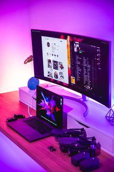 Here's a simple laptop work offce setup photographed by alexandru-acea #desksetup #workspace #computerdesk #homeoffice Simple Computer Desk, Computer Desk Setup, Gaming Pcs, Gaming Room Setup, Pc Setup, Laptop Gaming Setup, Gaming Rooms, Home Office Setup, Home Office Design