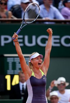 Sharapova Celebrates her win over Azarenka to reach the 2013 French Open Final