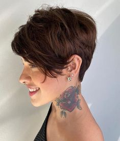 100+ Best Pixie Cuts and Pixie Cut Hairstyles You'll Want to See Short Textured Hair, Very Short Hair, Short Straight Hair, Short Hair With Bangs, Short Hair Cuts, Long Curly, Short Pixie Haircuts, Short Black Hairstyles, Haircuts With Bangs