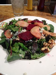 Roasted beet & pear w/blue cheese. French Meadow Restaurant in Minneapolis airport. Al organic.