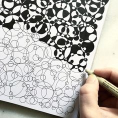 new Ideas for drawing ink doodles zentangle patterns Zentangle Drawings, Doodles Zentangles, Doodle Drawings, Doodle Art, Easy Zentangle, Zen Doodle, Ink Doodles, Circle Doodles, Sharpie Doodles