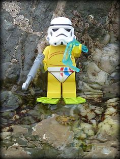 Lego Star Wars Stormtroopers - at the beach.