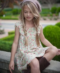 Matilda Jane Bubblegum Dress....so stinkin' cute. This whole outfit is adorable. So is the model!