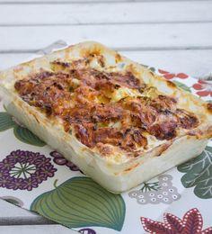 Blomkålsgratäng - ZEINAS KITCHEN Pak Choi, Fall Dinner, Lchf, Lasagna, Camembert Cheese, Cauliflower, Delish, Dairy, Food And Drink