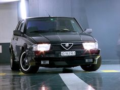 Alfa 75 were driven by the Italian National Police.