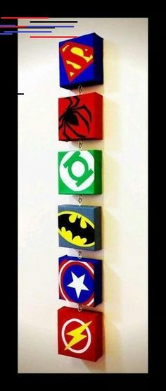 20 Awesome Superhero Gift Ideas for Dads - Dads Bible - - Everyone has a Superhero Dad. So, why not celebrate any special occasions or show them you care with these 21 totally awesome superhero gift ideas for dads. Avengers Comics, Thor Avengers, Iron Man Avengers, Superhero Favors, Superhero Invitations, Superhero Party, Dad Superhero, Batman Party, Superhero Canvas