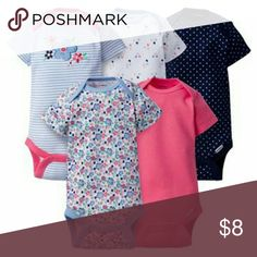 Baby girl 6-9 month oneises Like new 5 piece matching onesie set Gerber One Pieces Bodysuits