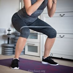 Resistance band booty and thigh workout fitness inspiration Leg Workout With Bands, Workout Warm Up, Exercise Bands, Full Upper Body Workout, Yoga Poses For Back, Thigh Exercises, Stretching Exercises, Waist Workout, Resistance Band Exercises