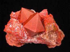 Jacintos de Compostela: perfecta quartza geometría hexagonal. | Matemolivares