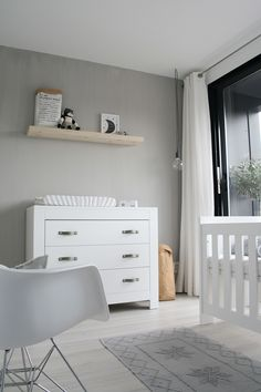 Handle grey by Nu interieur|ontwerp @ the home of Karlijn de Jong from paqhuis.nl