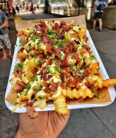 Cheesy bacon fries - January 05 2019 at - Good - and Inspiration - Yummy Recipes Ideas - Paradise - - Vegan Vegetarian And Delicious Nutritious Meals - Weighloss Motivation - Healthy Lifestyle Choices I Love Food, Good Food, Yummy Food, Yummy Recipes, Tasty, Food Porn, Food Goals, Aesthetic Food, Food Cravings