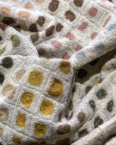 Sophie Digard ❤️ . . . . . . . . . #french #frenchtextiles #textiles #linen #linencrochet #frenchdesign #sophiedigard #colour #handmade Poncho Crochet, Granny Square Crochet Pattern, Crochet Borders, Freeform Crochet, Crochet Squares, Crochet Granny, Crochet Yarn, Crochet Stitches, Diy Blanket Scarf