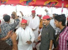 VSG-Sindhi-Devoties performing Sindhi Folk Dance