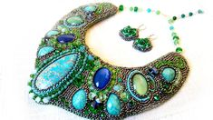 Statement Necklace in shades of green, Embroidery necklace, Bead Jewellery, Handmade jewellery, Handmade by Gold Gallery, Bridal Necklace by GoldGallery on Etsy