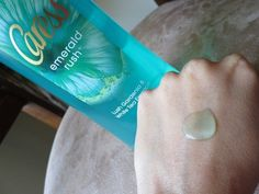 #Caress #Emerald #Rush #Body #Wash #review #price and details on the blog #swatch