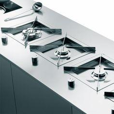 Puzzle | Modulo cottura progettato da Enzo Inzaghi e Roberto Pezzetta, prodotto da Electrolux Zanussi Italia