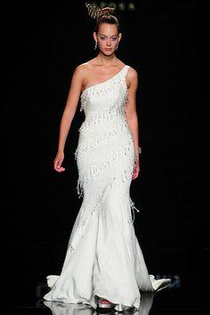 Lee Seung Jin, bride, bridal, wedding gown, wedding dress, wedding