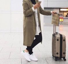 hijab-traveling-style- How to wear trench coat with hijab http://www.justtrendygirls.com/how-to-wear-trench-coat-with-hijab/