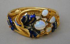 Bracelet, 1852-1870..gold, sapphires & opals