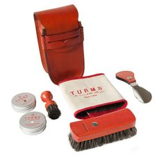 Holiday Gift Ideas for the Jet-Setter: Turms mini leather travel shoe care kit