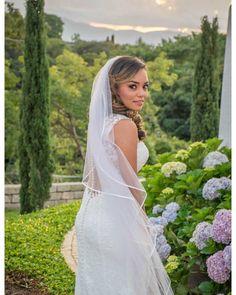 The flowers the sunset and of course... The bride  #luispedrogramajophotography #wedinguatemala #wedding #weddingday #destinationweddingphotographer #bride #destination #destinationwedding #bridebook #weddingdecor #weddingphoto #weddingideas #weddings #weddingphotography #weddingphotographer #weddingdress #love #forever #wed #picoftheday #photooftheday #weddingideas_brides #weddingawards #weddinginspiration #HuffPostIDo #theweddinglegends #marriage #perhapsyouneedalittleguatemala…